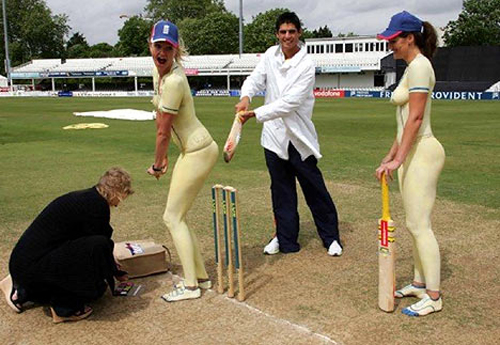 cricket spanking