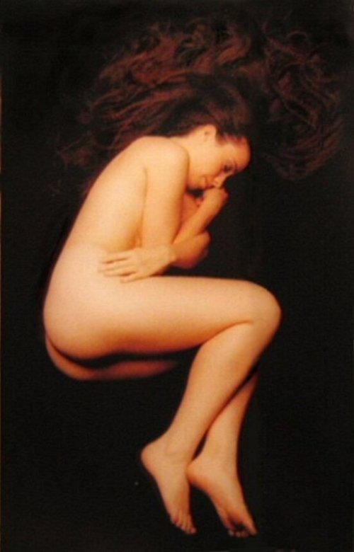 Alanis Morrisette nude