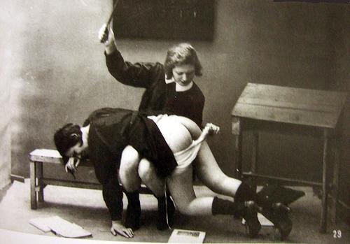 vin_spanking_schoolgirls