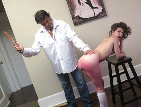 bailey-paige-spanking
