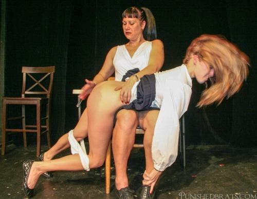 wr otk-spanking10