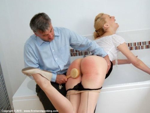 wr Bath-Brush-Spanking