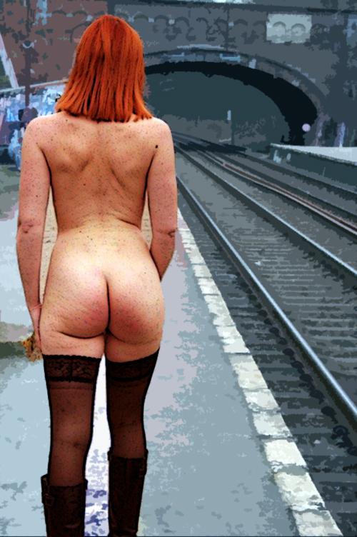 Nude on a platform