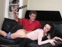 rubber_paddle_spanking
